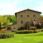 Cssa Portagioia, Tuscany Bed and Breakfast. Spring