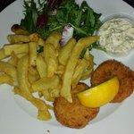 Smoked haddock and salmon fishcakes with salad and fresh tartar sauce BEAUTIFUL ;-)