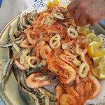 Fritto misto (gamberi, calamari e sarde)