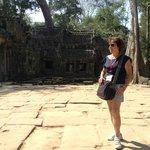Em frente ao Banteay Srei- Siem Reap- Camboja