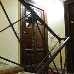 вход с лестницы