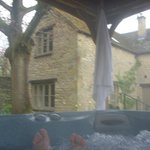 Hot tub at Apple cottage