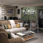 Common area living room - comfy!