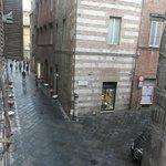 La rue depuis la chambre triple