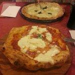 Montanara e 4 formaggi divine