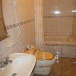 Baño de suite con tina
