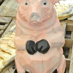 Pig carving by Jason Soderlund