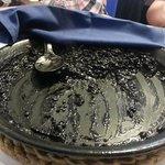 los restos mortales de un impresionante arroz negro.....