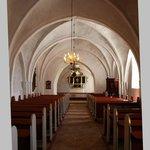 Kirken nedefra og op