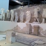 Sculptures of imperial famly