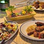 Carne mista al forno con lampascioni e patate