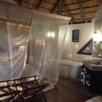 Bongani lodge number 3, inside view