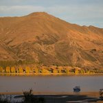 Lake Wanaka at Sunrise
