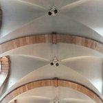Le poderose volte della navata centrale