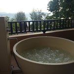 Jacuzzi with a view, room 4401