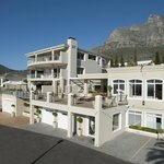 Photo de 3 On Camps Bay Boutique Hotel