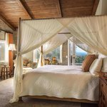 Kennedy Cottage Bedroom with Ocean View