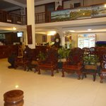 Lobby area with cafe/restaurant