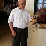 Le patron avec un homard