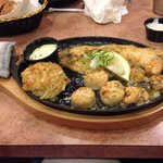NJ Broiled Seafood Platter - yum!