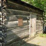 Historic Ogle Log Cabin