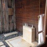 Outdoor rain shower stall