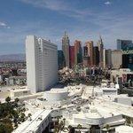 Вид из корпуса Клуб на Лас-Вегас