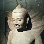 Buddha mit Schlangen