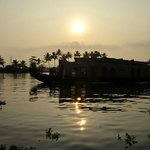 House boat at Alleppey - One day attraction from Shravanam Greens