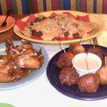 Good food!  Best wings!