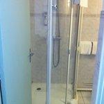 La douche ... Pas très clean