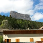 Devant l hôtel en face du mont aiguille