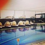 Pool lounge bar & cabanas
