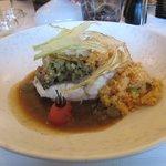 Zeebaars met een couscous van tomaat, zoetzure venkel en een bouillabaisse saus