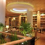 タイ料理レストラン=ベイジルに繋がる共用スペース
