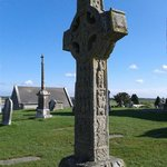 Clonmacnoise. Big cross.
