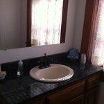 bathroom municipal judges room