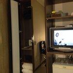 Quarto... TV e frigobar