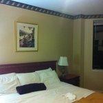 Chambre 1111 (je me suis jeté sur le lit avant de prendre la photo...)