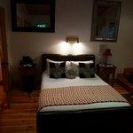 beech room bed