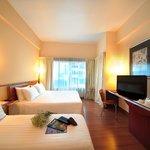 Photo de Alpha Genesis Hotel