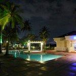 Pool and Blu restaurant