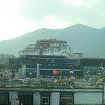 Il Potale visto dalla terrazza dell'hotel.