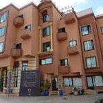 Vue de l'hôtel Amani - façade -