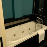 Swank Suite - the luxurious (though slightly small) bathtub