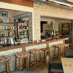 Pambis bar area