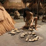 Toolmaking exhibit, Cahokia Mounds, Oct 2013