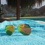 Una deliciosa piscina con una hermosa vista.