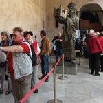 Turisti in fila
