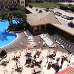 scorcio  del terrazzo e della piscina all'aperto